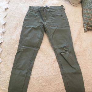 Hollister green cargo jegging